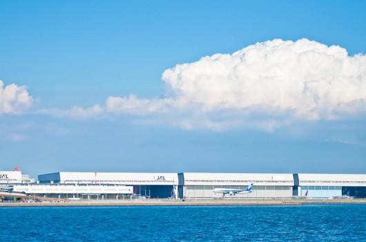 羽田空港のひこうき D90+TAMRON90mm
